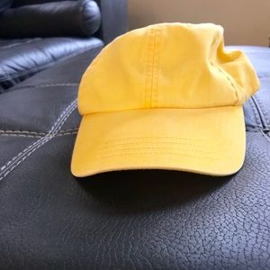 Accessories - Yellow hat